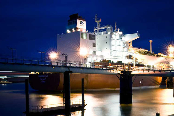 Ship docked at night at Grain LNG in Kent - used for the National Grid story 'Helping to fuel the nation'